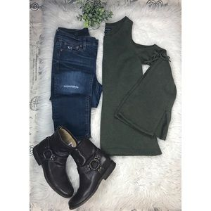 American Eagle Small olive cold shoulder Top